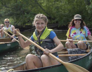 girl-in-canoe